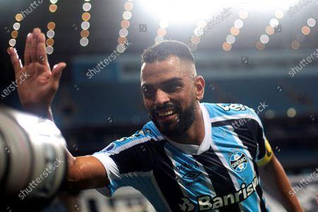 Gremio's Maicon celebrates after scoring against Aragua during a group H match of the Copa Sudamericana at the Arena do Gremio in Porto Alegre, Brazil, 06 May 2021.