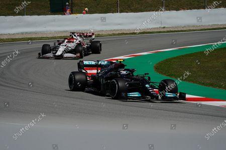 Valtteri Bottas (FIN#77), Mercedes-AMG Petronas Formula One Team, Testfahrer Robert Kubica (POL#88), Alfa Romeo Racing ORLEN