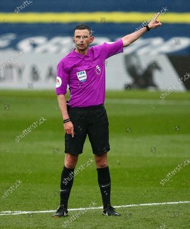 Referee Mr Michael Oliver