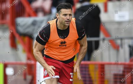 Mark Wright of Crawley Town warming up