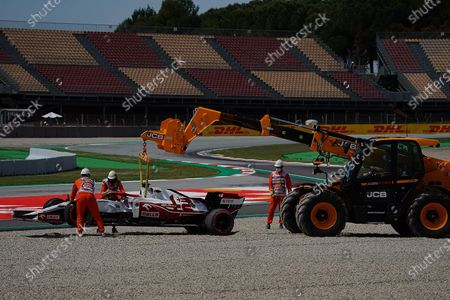 Exit of Test driver Robert Kubica (POL#88), Alfa Romeo Racing ORLEN to the gravel bed in the new curve 10, Kubica must give up the training.