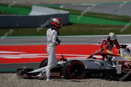 Exit of Test driver Robert Kubica (POL#88), Alfa Romeo Racing ORLEN to the gravel bed in the new curve 10, Kubica has to give up the training, he is desperately trying to put the steering wheel back.