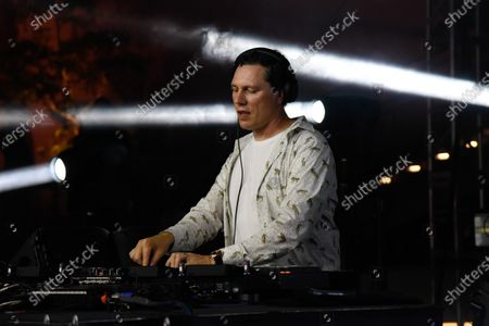 Tiesto in concert at The Oasis