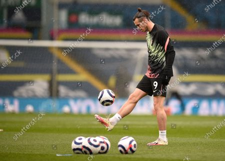 Tottenham's Gareth Bale warms up aheads of the English Premier League soccer match between Leeds United and Tottenham Hotspur at Elland Road in Leeds, England