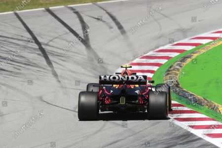 Sergio Perez, Red Bull Racing RB16B during the 2021 Formula One Spanish Grand Prix