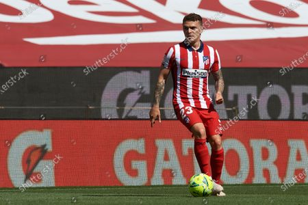 Kieran Trippier of Atletico Madrid controls the ball during the La Liga Santander match between FC Barcelona and Atletico de Madrid at Camp Nou on May 8, 2021 in Barcelona, Spain. Sporting stadiums around Spain remain under strict restrictions due to the Coronavirus Pandemic as Government social distancing laws prohibit fans inside venues resulting in games being played behind closed doors.