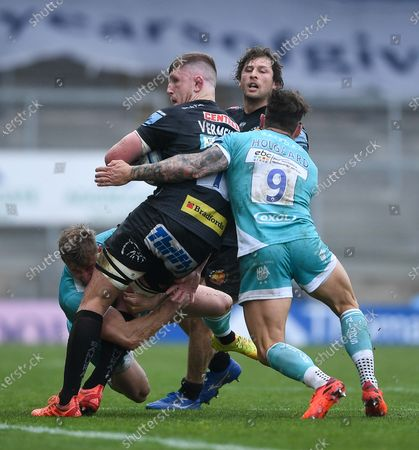 Stock Picture of Jacques Vermeulen of Exeter Chiefs is challenged by Francois Hougaard of Worcester Warriors