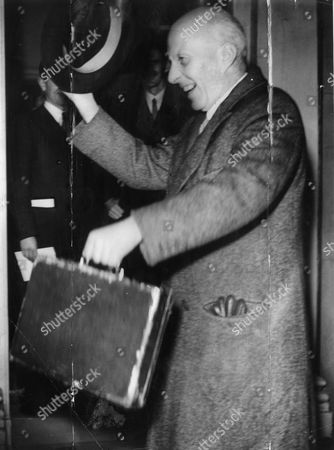 Edward Hugh John Neale Dalton The Right Honourable The Lord Dalton (chancellor Of The Duchy Of Lancaster Chancellor Of The Exchequer) Died 13/02/1962 At The Age Of 75. Baron Dalton Is Seen Leaving Number 11 Downing Street With The Budget Box On His Way To The House On Budget Day.