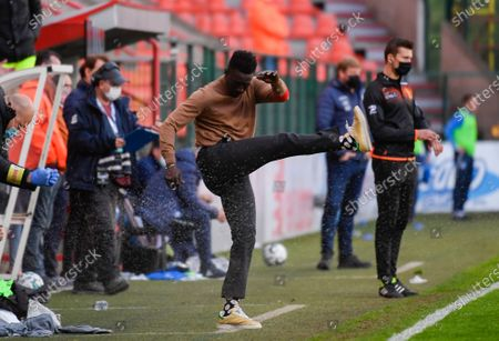 Standard's head coach Mbaye Leye reacts during a soccer match between Standard de Liege and KAA Gent, Saturday 08 May 2021 in Liege, on day 2 of 6 of the 'Europe' play-offs of the 'Jupiler Pro League' first division of the Belgian championship.