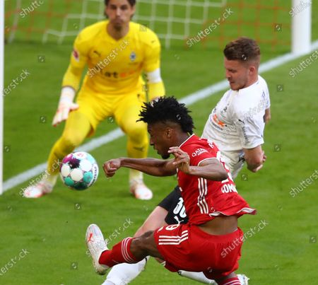 Stock Image of Bayern's Kingsley Coman (2-R) during  the German Bundesliga soccer match between FC Bayern Munich and Borussia Moenchengladbach in Munich, Germany, 08 May 2021.
