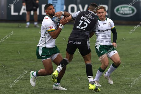 Curtis Rona of London Irish is challenged by Luther Burrell of Newcastle Falcons during the Gallagher Premiership match between Newcastle Falcons and London Irish at Kingston Park, Newcastle on Saturday 8th May 2021.