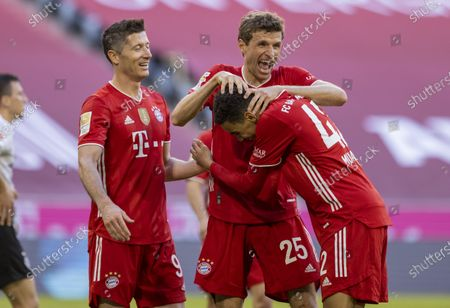 Stock Image of Torchebel: Robert Lewandowski (Munich) Thomas Müller (Munich), Jamal Musiala (Munich)