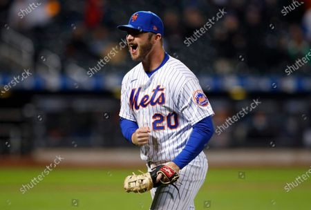 New York Mets first baseman Pete Alonso reacts after the third out against the Arizona Diamondbacks in the seventh inning of a baseball game, in New York