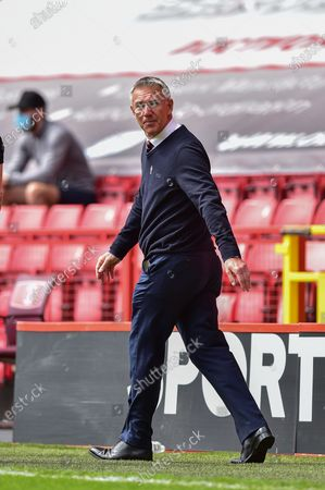Charlton Athletic manager Nigel Adkins during the EFL Sky Bet League 1 match between Charlton Athletic and Hull City at The Valley, London