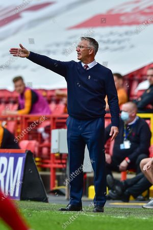 Charlton Athletic manager Nigel Adkins pointing, directing, signalling, gesture during the EFL Sky Bet League 1 match between Charlton Athletic and Hull City at The Valley, London