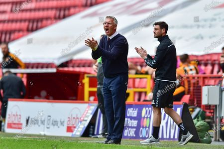Charlton Athletic manager Nigel Adkins cheering on during the EFL Sky Bet League 1 match between Charlton Athletic and Hull City at The Valley, London
