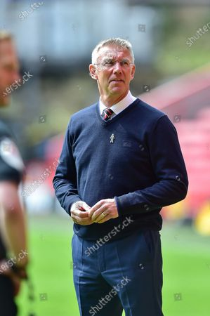 Charlton Athletic manager Nigel Adkins greets Hull City team at the start of the match during the EFL Sky Bet League 1 match between Charlton Athletic and Hull City at The Valley, London
