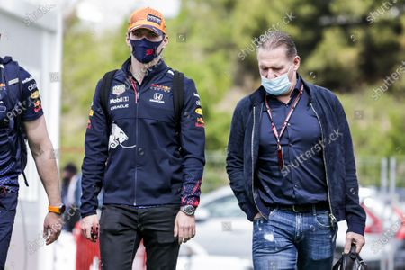 VERSTAPPEN Max (ned), Red Bull Racing Honda RB16B,  and his father Jos Verstappen