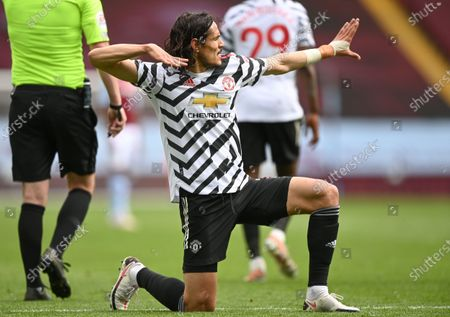 Edinson Cavani of Manchester United celebrates after scoring the 3-1 lead during the English Premier League soccer match between Aston Villa and Manchester United in Birmingham, Britain, 09 May 2021.