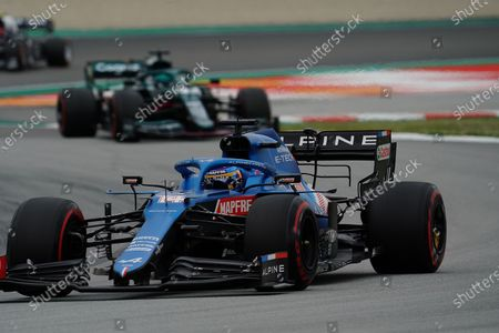 Fernando Alonso (ESP #14), Alpine F1 Team, Lance Stroll (CAN #18), Aston Martin Cognizant Formula One Team