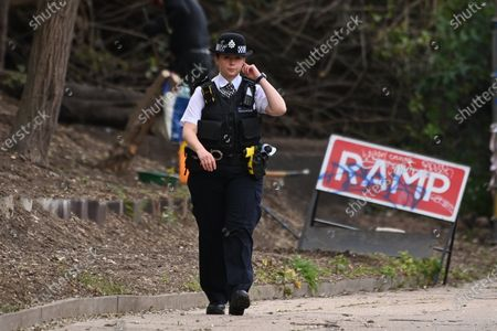 A price cordon is in place on the Grand Union Canal near Old Oak Common as the body of a newborn baby was found in the canal water this afternoon. An investigation is taking place to establish the circumstances.