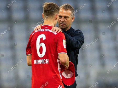Joshua Kimmich (FC Bayern München, #06), Hansi Flick (FC Bayern München, head coach)
