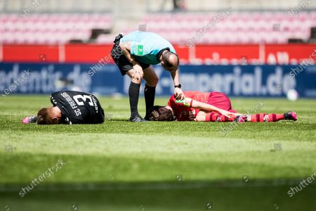 Philipp Lienhart (SC Freiburg, #3) and Jonas Hector (1st FC Köln, #14) stayed and must be treated