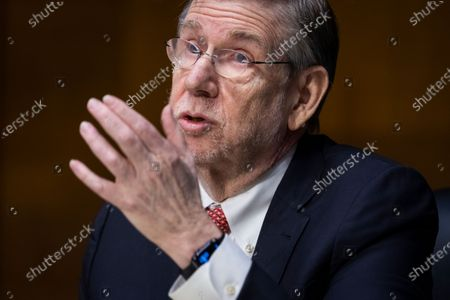 Stock Photo of David Kessler, Chief Science Officer for COVID Response at the Department of Health and Human Services (HHS), testifies before a Senate Health, Education, Labor, and Pensions hearing to examine an update from Federal officials on efforts to combat COVID-19 in the Dirksen Senate Office Building in Washington, DC, USA, 11 May 2021.