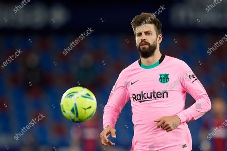 Gerard Pique of Barcelona during the La Liga Santander match between Levante UD and FC Barcelona at Ciutat de Valencia Stadium on May 11, 2021 in Valencia, Spain. Sporting stadiums around Spain remain under strict restrictions due to the Coronavirus Pandemic as Government social distancing laws prohibit fans inside venues resulting in games being played behind closed doors.