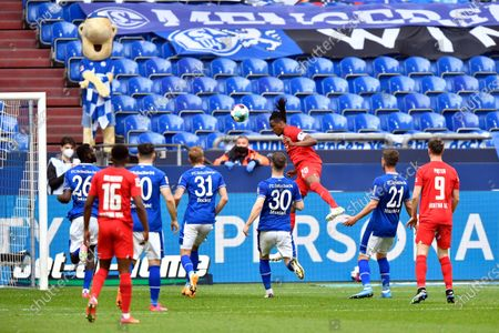 Berlin's Dedryck Boyata (20) scores with a header during the German Bundesliga soccer match between Hertha BSC Berlin and FC Schalke 04 in Gelsenkirchen, Germany