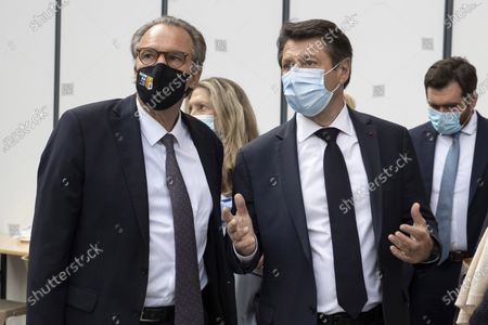 (G-D) Renaud Muselier (President of the Provence-Alpes-Cote d'Azur Region, President of Regions of France), Christian Estrosi (Mayor of Nice, President of the Metropolis Nice Cote d'Azur, Delegate President of the Provence-Alpes-Cote d'Azur Region) Visit of the Vaccinodrome at the Palais des Expositions de Nice Acropolis, Esplanade Kennedy
