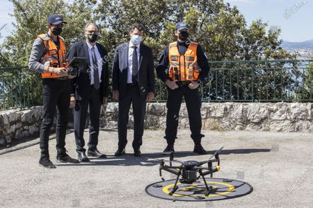 (G-D) Renaud Muselier (President of the Provence-Alpes-Cote d'Azur Region, President of Regions of France), Christian Estrosi (Mayor of Nice, President of the Metropolis Nice Cote d'Azur, Delegate President of the Region Provence-Alpes-Cote d'Azur), demonstration of Drones of the Municipal Police, Colline du Chateau