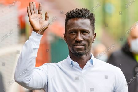 Standard's head coach Mbaye Leye pictured at the start of a soccer match between Standard de Liege and KV Mechelen, Thursday 13 May 2021 in Liege, on day 3 of 6 of the 'Europe' play-offs of the 'Jupiler Pro League' first division of the Belgian championship.