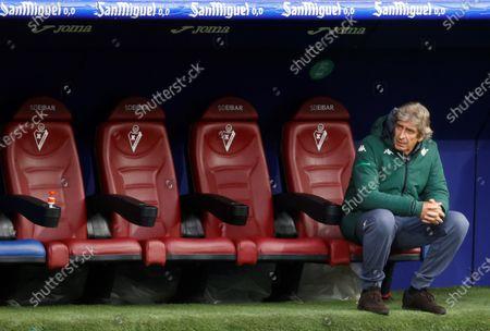 Betis' head coach Manuel Pellegrini reacts during the Spanish La Liga soccer match between SD Eibar and Real Betis at Ipurua stadium in Eibar, northern Spain, 13 May 2021.