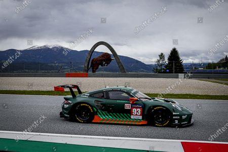 93 Michael Fassbender (irl), Felipe Laser (deu), Richard Lietz (aut), Proton Competition, Porsche 911 RSR - 19, action