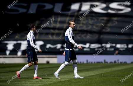 Harry Kane of Tottenham Hotspur walks out