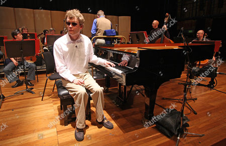 Derek Paravicini A Blind And Special Needs Pianist Who Will Be Playing At The South Bank