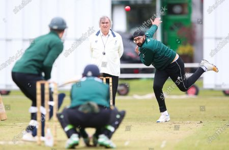 Ex-England International cricketer Monty Panesar playing for Twickenham Cricket Club while he studies for an MA in Sports Journalism at St Mary's University College, Twickenham. Bowling