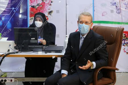 (210515) - TEHRAN, May 15, 2021 (Xinhua) - Former Iranian Parliament Speaker Ali Larijani registers his candidacy for presidential race at the Interior Ministry in Tehran, Iran, May 15, 2021. Ali Larijani registered for Iran's upcoming presidential campaign on Saturday, the last day of the registration process.