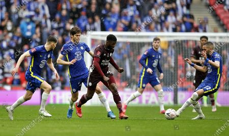 Jorginho (L), Marcos Alonso (2-L) and  Hakim Ziyech of Chelsea in action against Kelechi Iheanacho (C) of Leicester during the English FA Cup final between Chelsea FC and Leicester City at the Wembley Stadium in London, Britain, 15 May 2021.