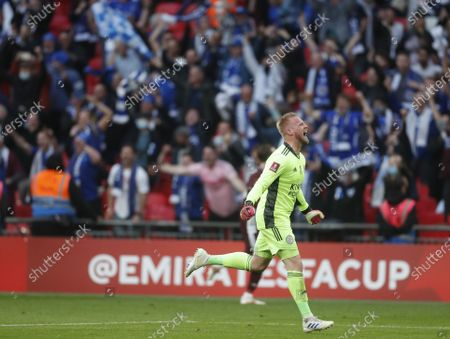 Leicester goalkeeper Kasper Schmeichel celebrates after the English FA Cup final between Chelsea FC and Leicester City at the Wembley Stadium in London, Britain, 15 May 2021. Leicester won 1-0.