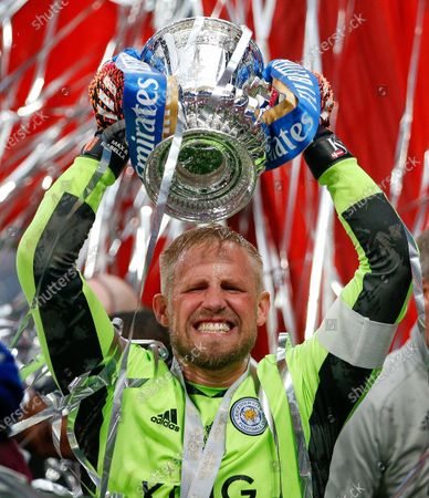 Kasper Schmeichel the Leicester City captain lifts the FA Cup