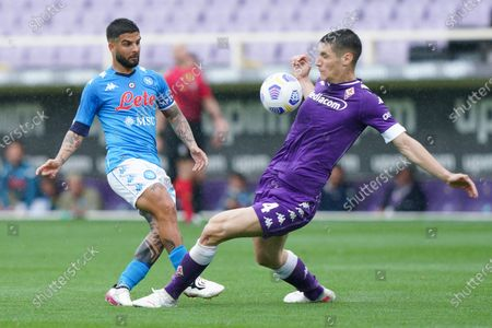 Lorenzo Insigne of SSC Napoli and Nikola Milenkovic of ACF Fiorentina compete for the ball during the Serie A match between ACF Fiorentina and SSC Napoli at Stadio Artemio Franchi, Florence, Italy on 16 May 2021.