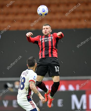 (210517) - MILAN, May 17, 2021 (Xinhua) - AC Milan's Ante Rebic (R) lives with Cagliari's Nahitan Nandez during a Serie A soccer match between AC Milan and Cagliari in Milan, Italy, May 16, 2021.