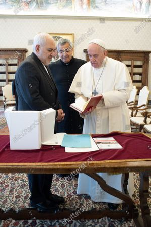 Pope Francis meets Mohammad Javad Zarif, Minister of Foreign Affairs of the Islamic Republic of Iran in the Vatican