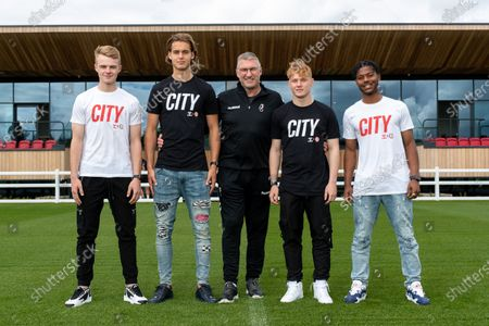 Tommy Conway, Ryley Towler, Our Edwards and Sam Pearson are joined by Bristol City Manager Nigel Pearson as they sign new contracts with the club ahead of the 2021/22 season