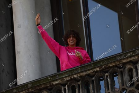 Sangiovanni, real name Giovanni Pietro Damian, finalist of the 2021 edition of Amici, during a guest appearance at Mondadori in Piazza Duomo on May 18, 2021 in Milan, Italy
