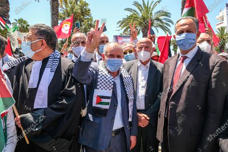 Noureddine Taboubi (C)the general secretary of the UGTT participate in pro Palestine protest. Tunisian Genral Labour union (UGTT) called for protest to support palestinians after the latest israeli attacks on Gza strip and Sheikh JArrah neighbourhood.