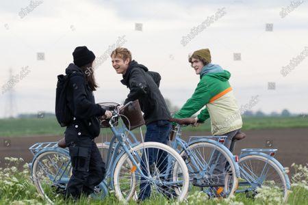 Exclusive - Otto Farrant, Alex Rider - Brenock O'Connor, as Tom Harris - Marli Siu as Kyra.