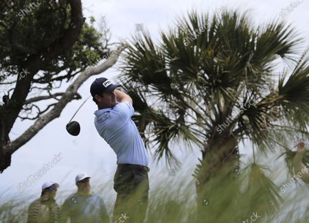 Harris English of the US hits his tee shot on the seventh hole during the final practice round for the 2021 PGA Championship golf tournament on the Ocean Course at Kiawah Island, South Carolina, USA, 18 May 2021. The PGA Championship runs from 20 May through 23 May.